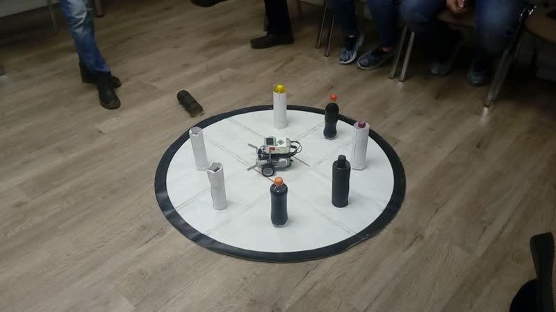 3 модуль робототехники Lego Mindstorms 1 попытка Виноградова Максима и Соловьева Романа