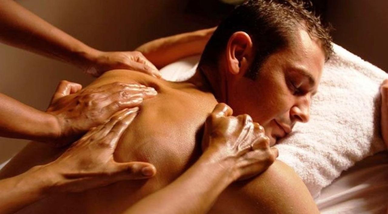 Начальника практиканткой интимные массажи для мужчин смотреть онлайн савичева