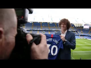David luiz tells us exactly what chelsea means to him after signing a new contract at stamford bridge. 💙