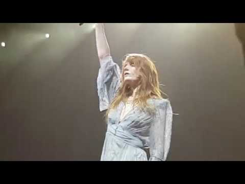 "Florence the Machine ""What Kind Of Man"" Berlin Mercedes Benz Arena 14.03.2019"