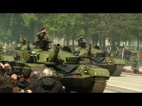 UŽIVO – Niš, Vojna parada