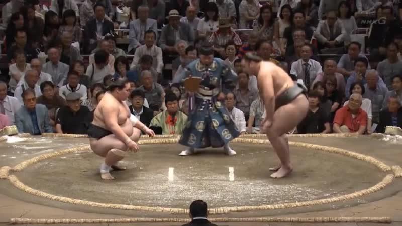 Terunofuji vs Tochinoshin - Aki 2017, Makuuchi - Day 3