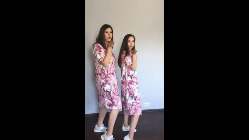 воздушный поцелуй. Платье Цветочная нежность TM Mink