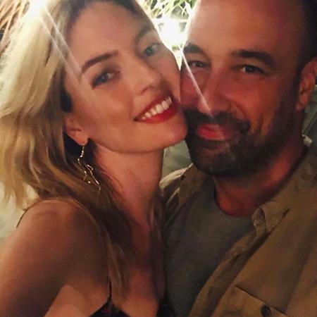 Модель Victorias Secret Марта Хант объявила о помолвке с Джейсоном Макдональдом Магия чисел в действии: 2020-й только начался, а мы едва успеваем сообщать о помолвках! На этот раз невестой