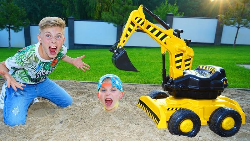 ДОИГРАЛИСЬ... Спасаю ТИШУ Daniel ride on excavator help little Tisha