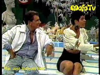 A Praça É Nossa: Monique Evans enfrenta Dona Vamércia, a fofoqueira (1988)