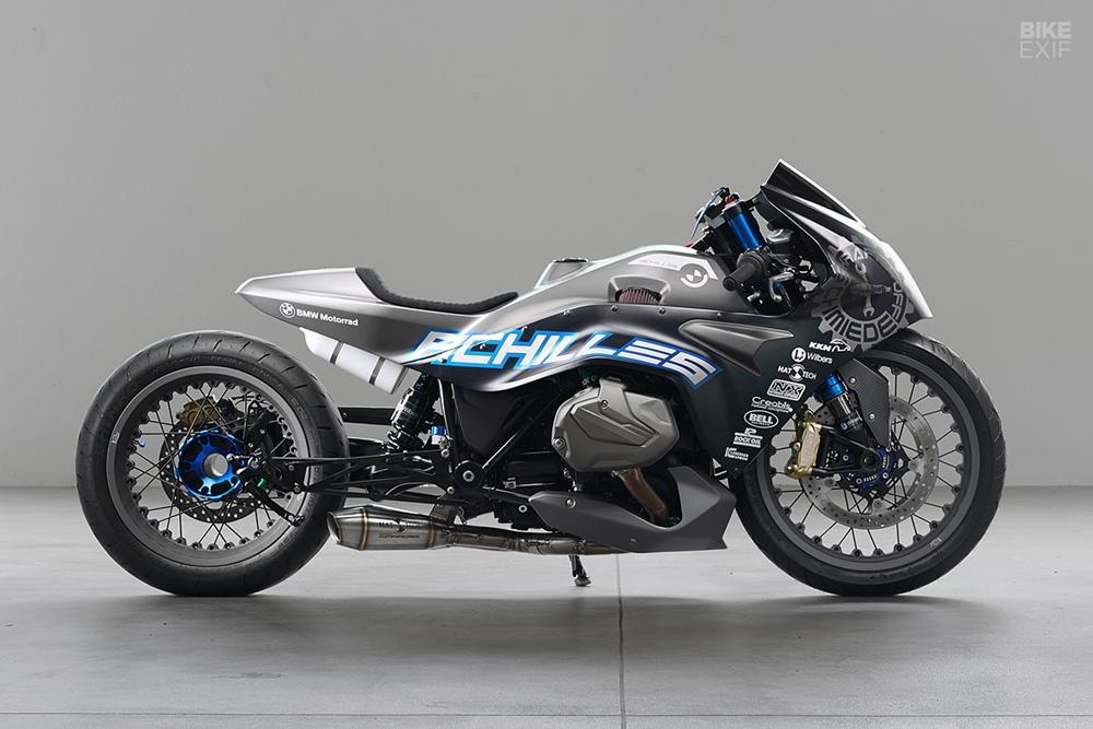 Achilles - драйгбайк BMW R1250RS