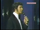 Engelbert Humperdinck sings a Medley of Hits