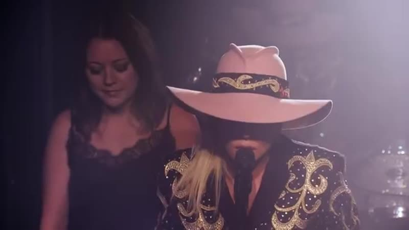 Lady Gaga - Million Reasons (Live From The Bud Light x Lady Gaga Dive Bar Tour N(1)