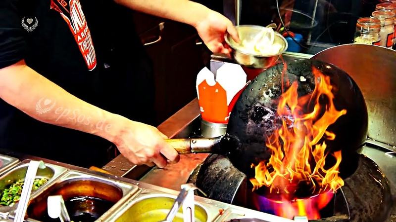 Very Fast Cooking in a Chinese Wok
