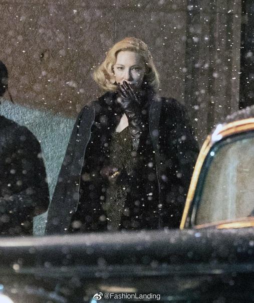 Кейт Бланшетт и Руни Мара на новых фото со съёмок фильма Гильермо дель Торо «Аллея кошмаров» Лента станет одноименной экранизацией новеллы Уильяма Линдсея Грешама. Брэдли Купер сыграет