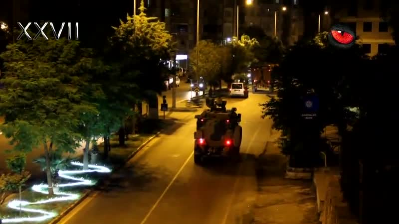 Turkish Armed Forces sent more than 300 commando reinforcements and numerous armored personnel carriers to Hatay Syria border tr