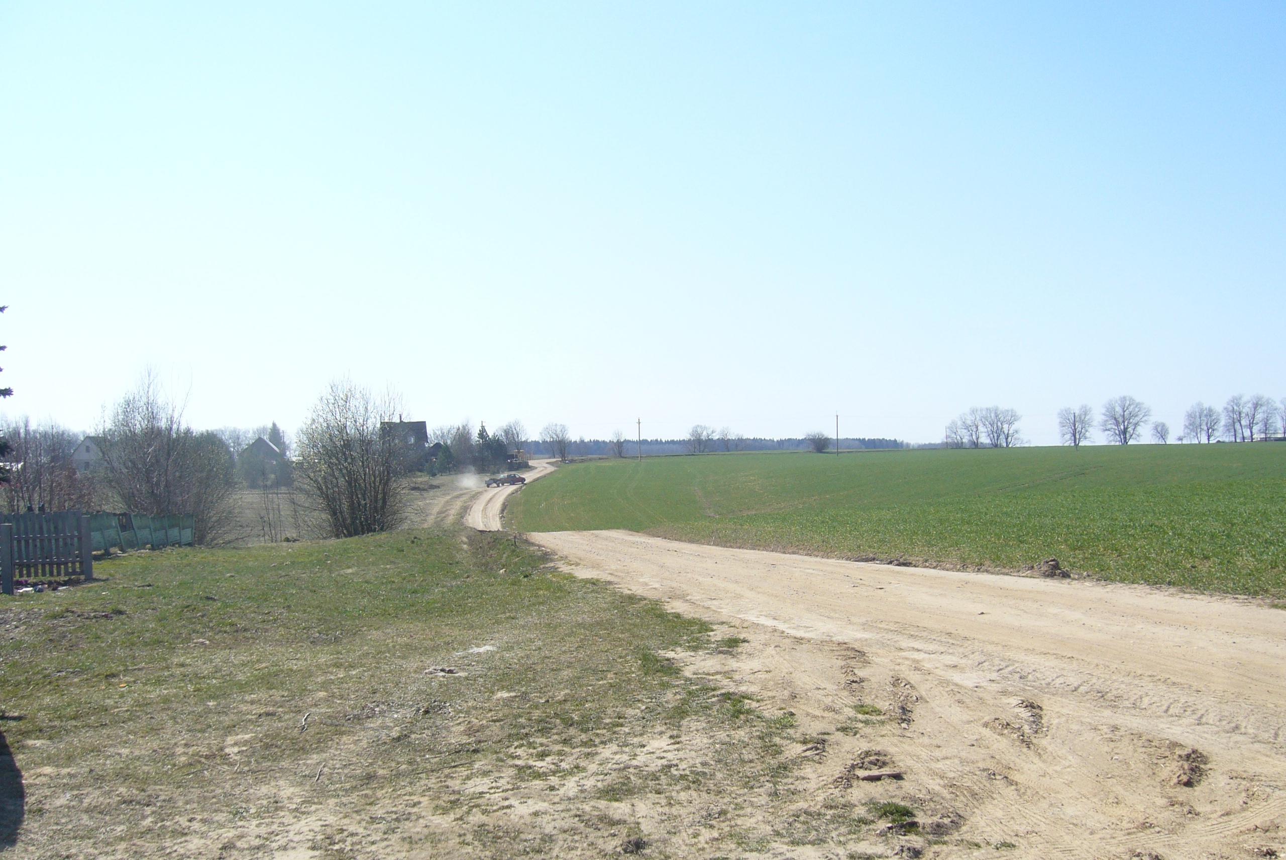 Весна в Беларуси, время возделывать поля