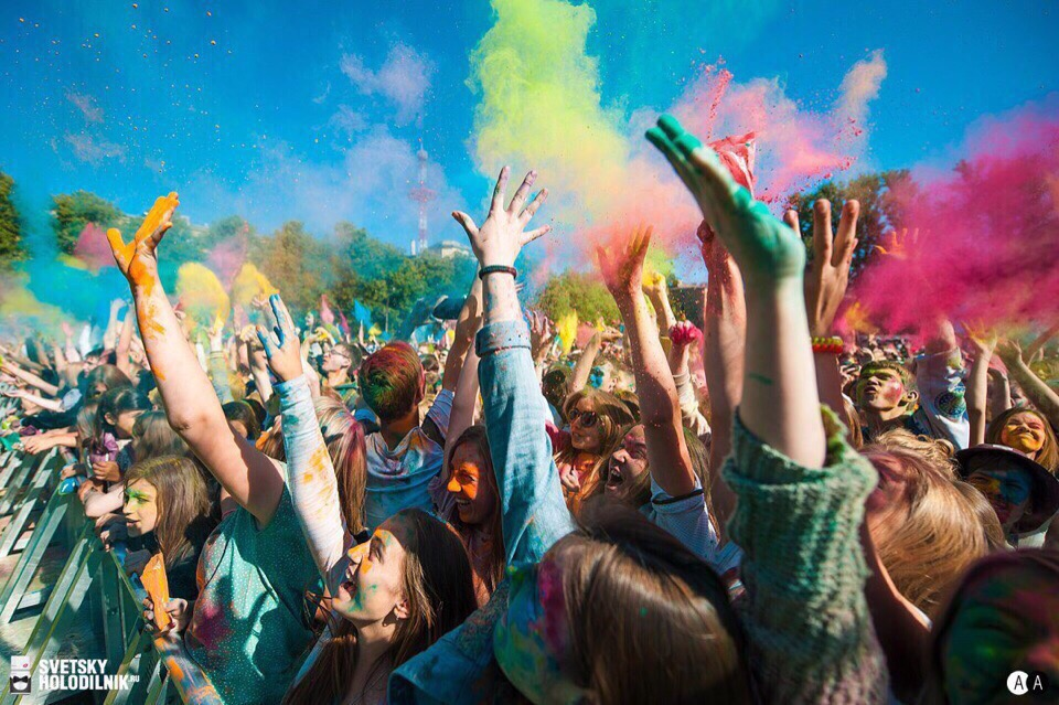 Всероссийский фестиваль красок едет в Таганрог 31 мая