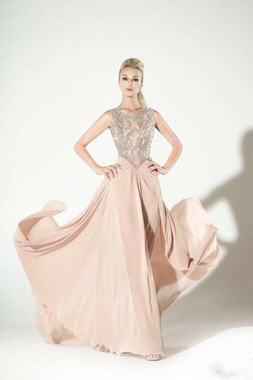 Красивая коллекция 2016 года от Charbel Zoe , с платьями актуальными и сейчас