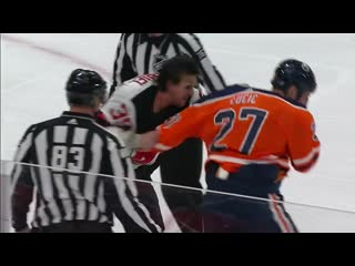 Milan lucic vs. kurtis gabriel goes full 12 rounds for heavyweight fight