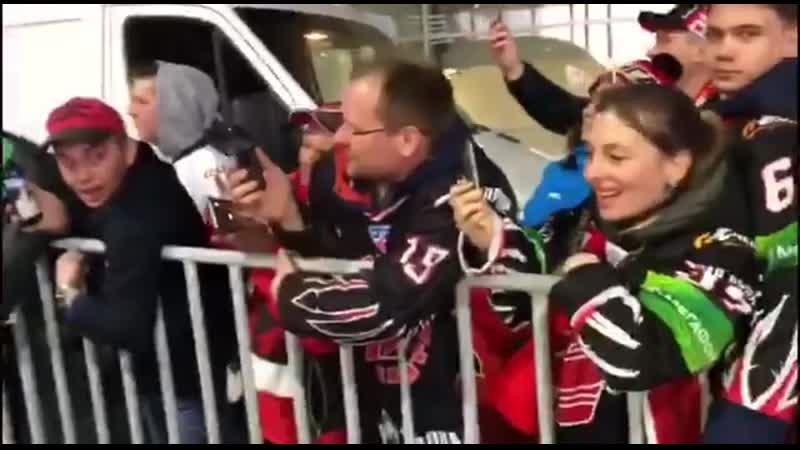 Коридор почёта после матча Барыс - Авангард