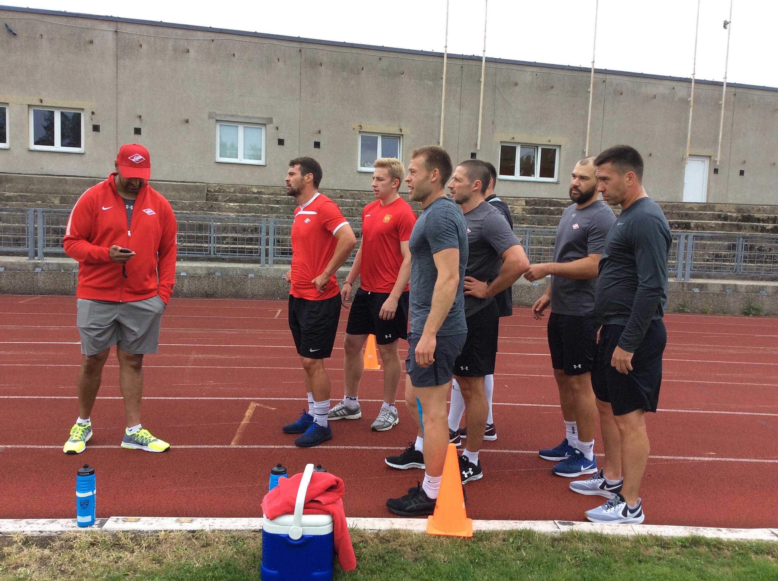 Хоккеисты «Спартака» продолжают сборы в чешском Либереце