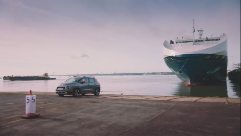 Grand Tour - Clarkson Towing a 13 000 TONNE Ship.