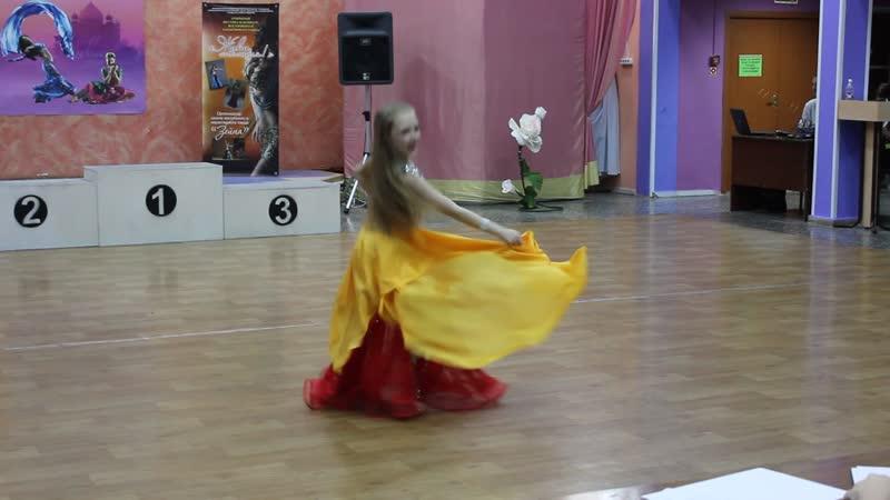 Глухова Виктория ориенталь дети1 2 1 место Фестиваль Живи танцуя г Тольятти 2019год
