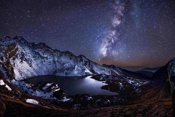 Озеро Госаикунда на высоте 4400 метров, Гималаи, Непал