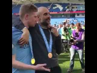 "Kevin de bruyne to pep guardiola: ""you're a shit coach, you only win.""😂"