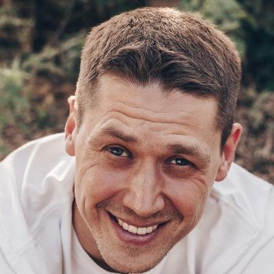Илья Банников