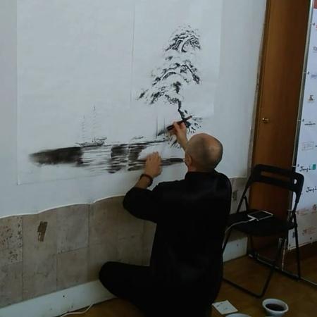 Китайская живопись в СПб on Instagram Демонстрация изображения пейзажа тушью на выставке китайской живописи гунби в Москве chinese art spb