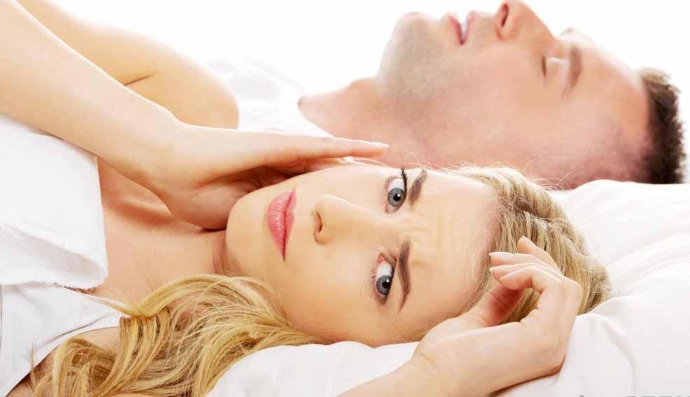 Женщины в период менопаузы могут испытывать нарушения сна.