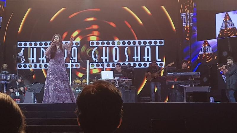 Na sang Dhol Baje Shreya Ghoshal Live in Calicut Concert