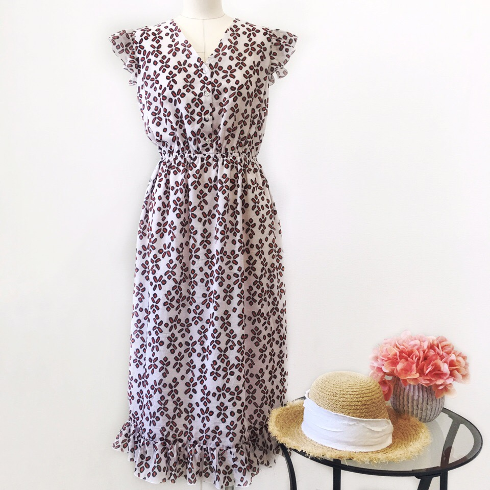 Похоже, романтика накрыла с головой наше ателье  ️ Шьём прекрасные платья и сарафанчики на лето, и это так затягивает  Не хотим останавливаться, и ждём новые заказы!