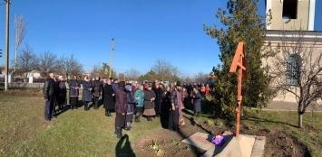 Управляющий Николаевской епархией УПЦ МП запретил священнослужение и лишил священника прихода в с.