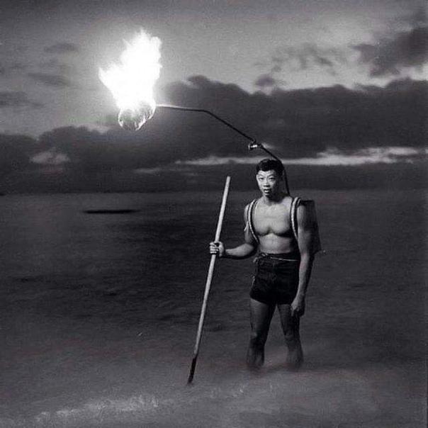 Ночная рыбалка на Гавайях, 1948 год