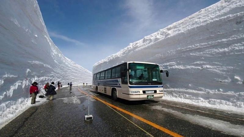 Великая снежная стена в Японии
