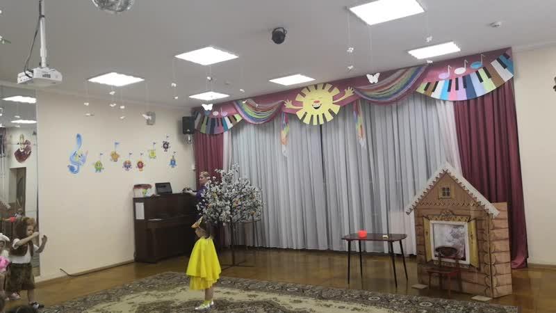 Театральная неделя . сказка Колобок 2 мл. группа Б