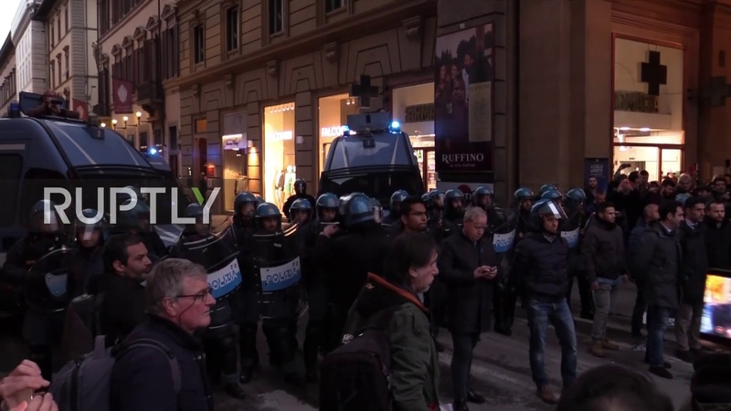 Italy: Clashes break out between Salvini protesters and police in Florence