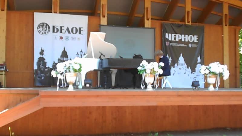 Иван Бессонов - джэм на тему В.А.Моцарта Рондо из сонаты ля-мажор фестиваль Белое Чёрное Санкт-Петербург