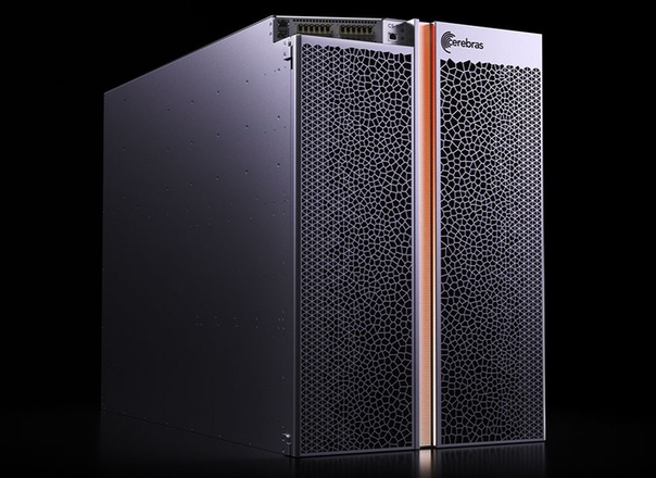 Самый большой чип в мире представила компания Cerebras Systems В рамках конференции Supercomputing 2019 компания Cerebras Systems представила самый большой и мощный (в плане вычислительных