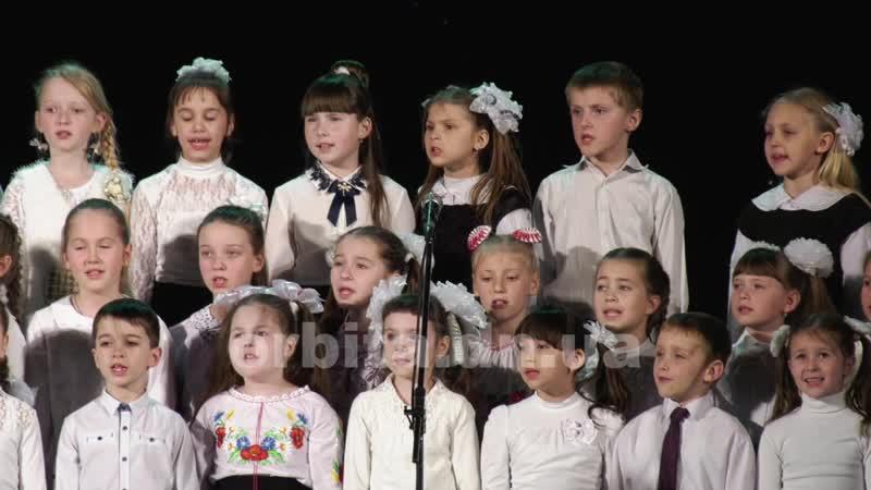 Хористи музичної школи iм. Леонтовича провели звітний концерт