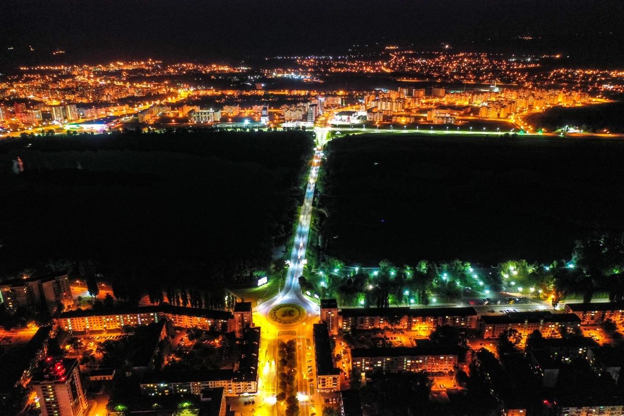 Только четыре фото красивого ночного Бреста с высоты