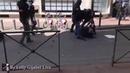 La police saisit et détruit la caméra d'un journaliste puis le frappe GiletsJaunes Acte22