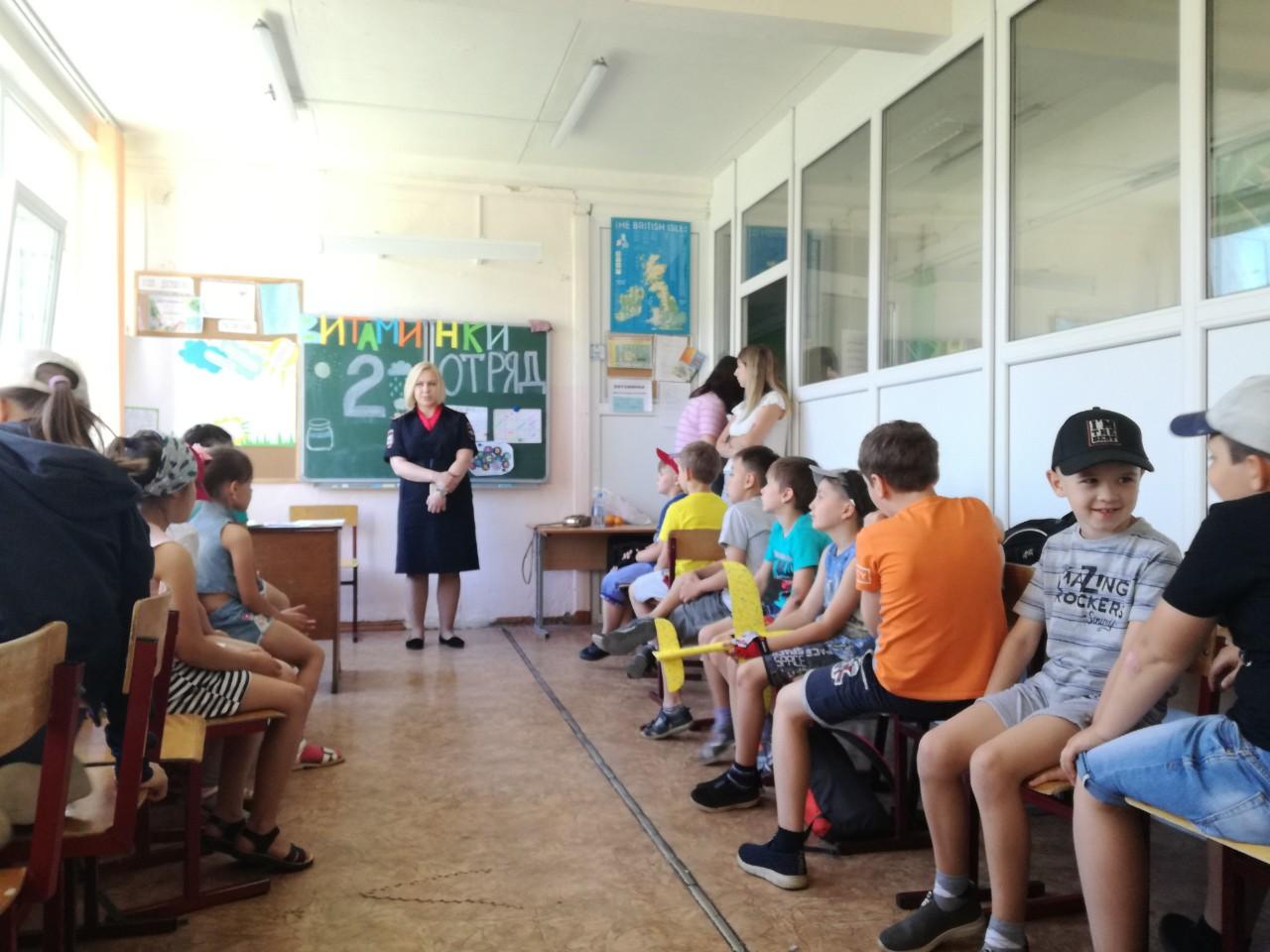 Сотрудники УМВД России по Коломенскому г.о. участвовали в открытии летнего лагеря дневного пребывания «Березка» при МБОУ СОШ №10