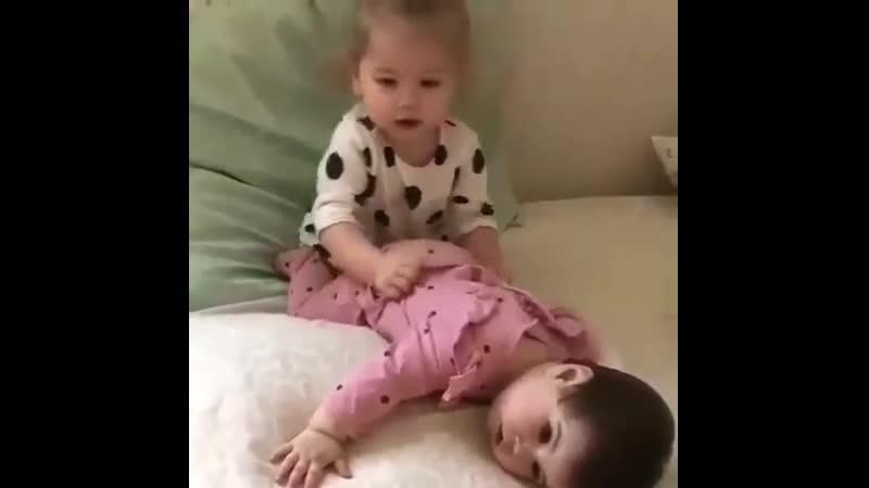 спят усталые игрушки