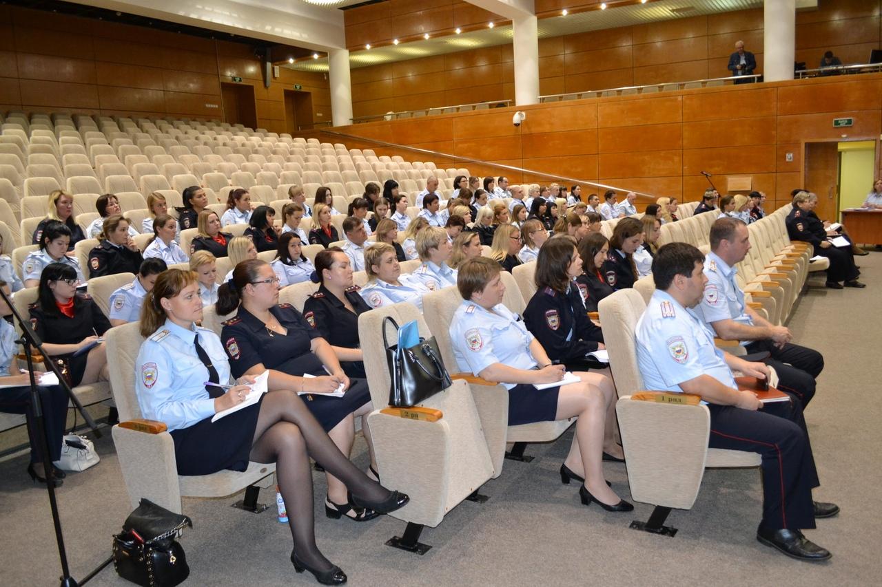 В Коломне состоялось семинар-совещание сотрудников подразделений по делам несовершеннолетних по актуальным вопросам оперативно-служебной деятельности