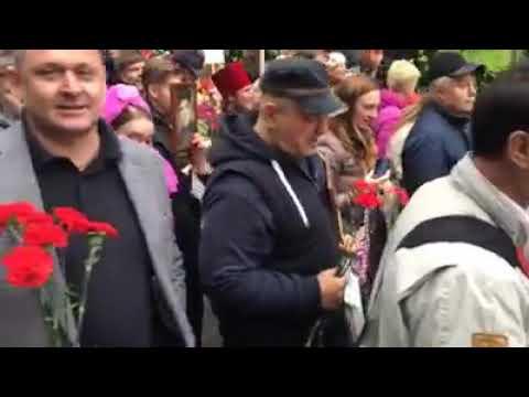 В Киеве на лозунг Бандеры отвечали Слава Советскому Союзу !
