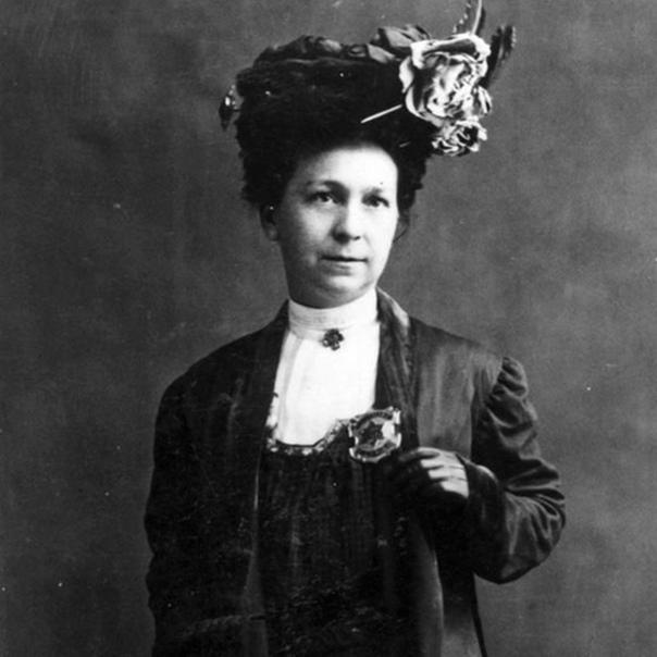 Запечатленная на фото Эллис Стеббенс Уэлс была первой в мире женщиной  офицером полиции
