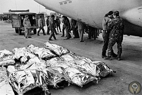 «Груз 200», Афганистан, 1986 год. Груз 200 условное кодированное обозначение, применяемое при авиационной перевозке тела погибшего (умершего) военнослужащего к месту