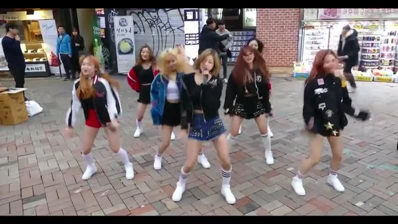 [FANCAM] 06.04.17 LIPBUBBLE - KSTATION TV @ Busking Hongdae