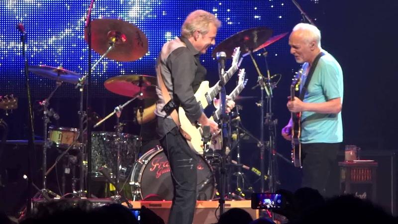 Don Felder Guitar Solo Performs 'Hotel California' at the Beacon Theatre New York City