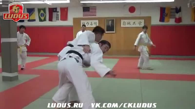 Комбинация: Подхват изнутри - Бросок через голову подсадом голени - Uchimata - Sumi Gaeshi.